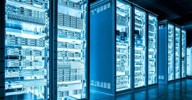 Here are some common FAQs that will guide you in proper server hosting
